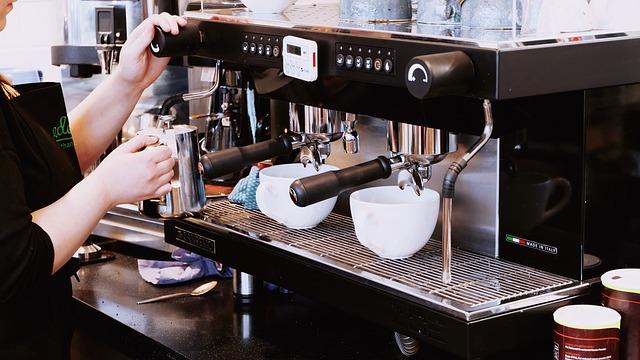 Kahvin matka suomalaiseen kuppiin